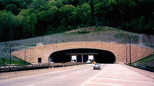 Cumb_Gap_Tunnel_S