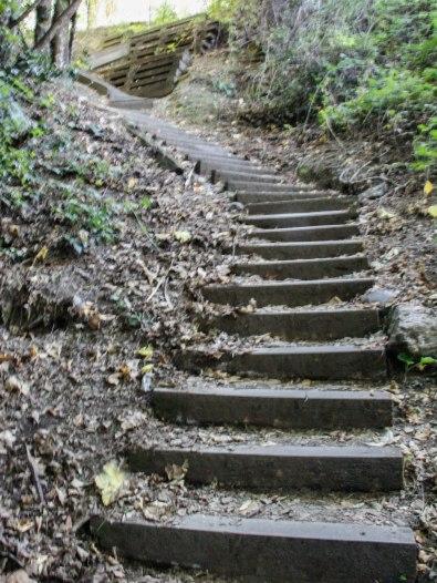 Steps to the trailhead